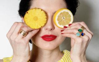 ФЕРМЕНТАТИВНЫЙ ПИЛИНГ: как он заимствует техники омоложения у ананаса