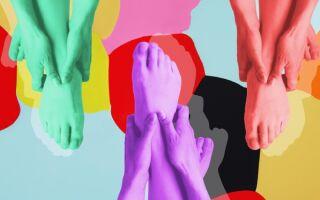 ПИЛИНГ НОГ: как вернуть пяткам детскую нежность